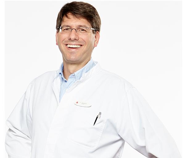 Apotheker Herr Schöll Portrait